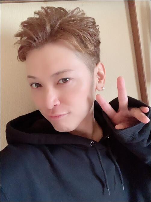 間瀬翔太、現在、顔画像
