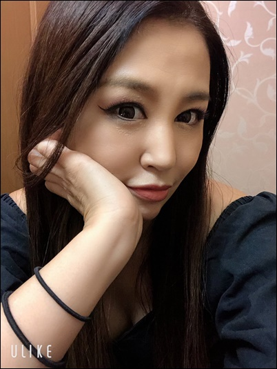 藤井ペイジ、嫁、SHINOBU