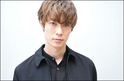 宮沢氷魚は父の宮沢和史の若い頃にそっくり?ジェヒョンにも似てる?