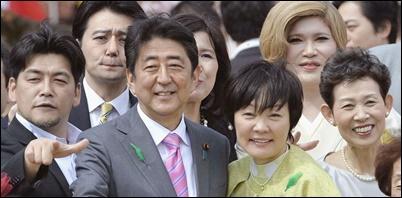安倍首相、昭恵夫人